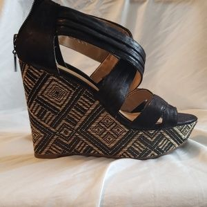 Nine&co. Black and brown wedges, size 6M